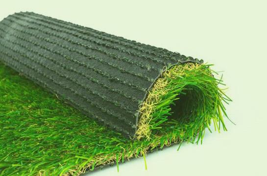 Césped artificial: El complemento perfecto para tu jardín
